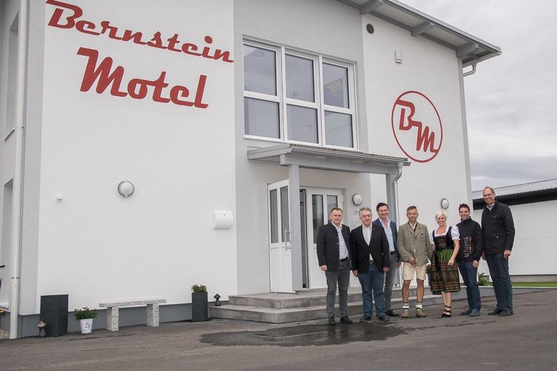 bernstein-motel-001