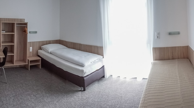 bernstein-motel-008
