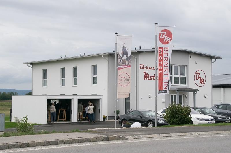 bernstein-motel-025