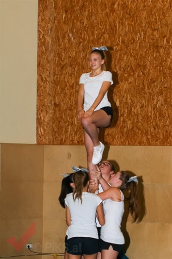 panthers_cheerleaser_56