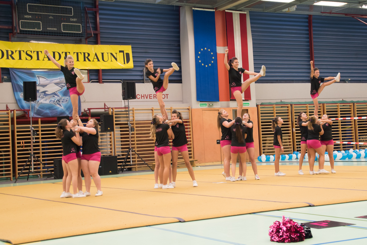 Pink Panthers Cheerleader 20