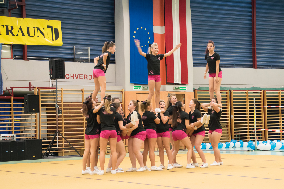 Pink Panthers Cheerleader 24