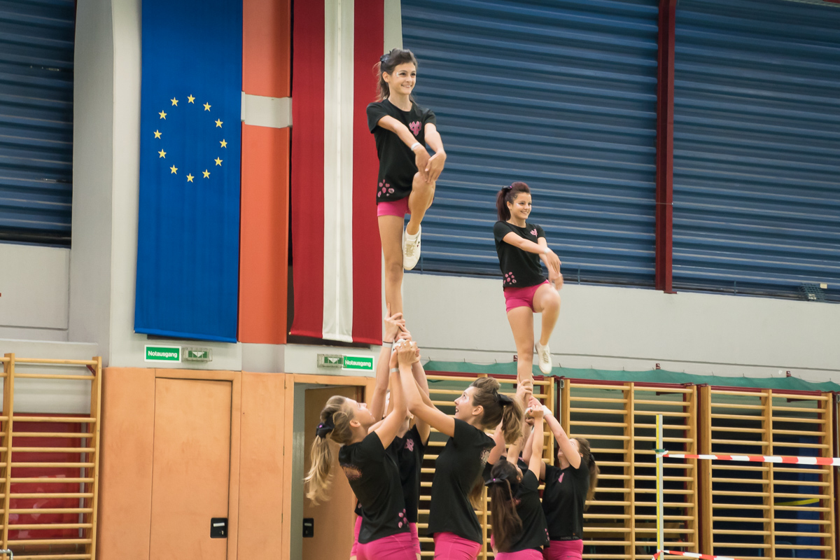 Pink Panthers Cheerleader 27