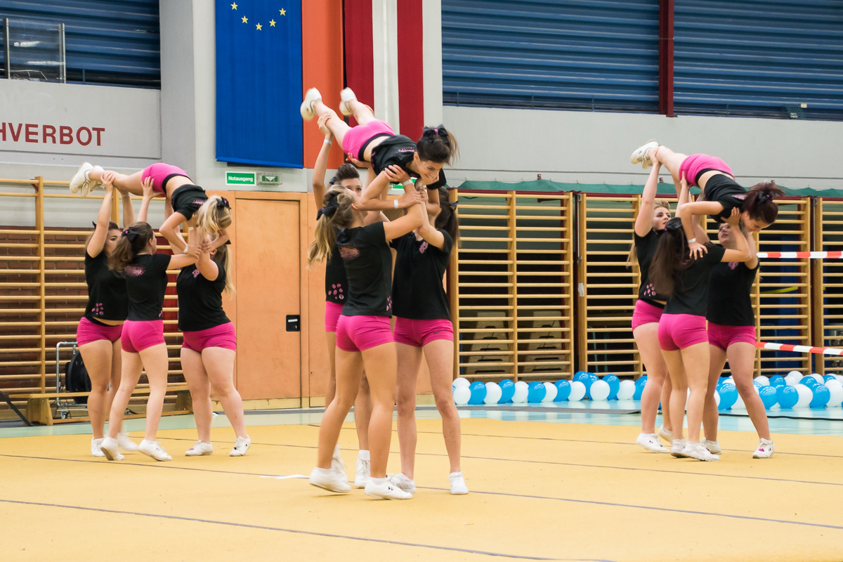 Pink Panthers Cheerleader 28