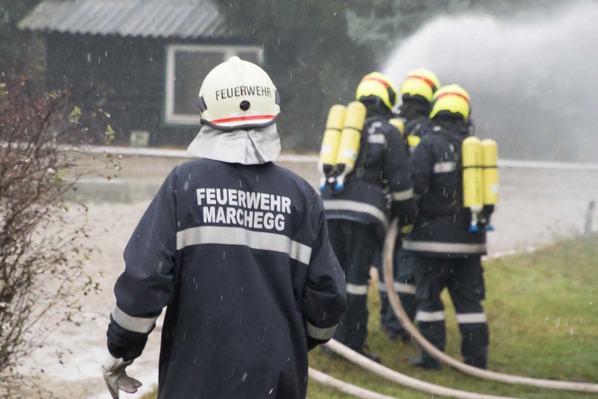 Feuerwehruebung Breitensee 009