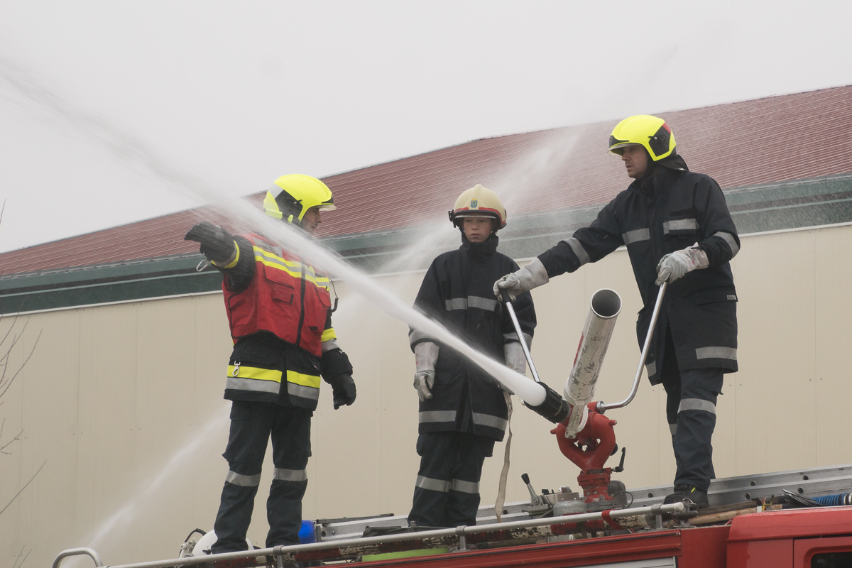 Feuerwehruebung Breitensee 044