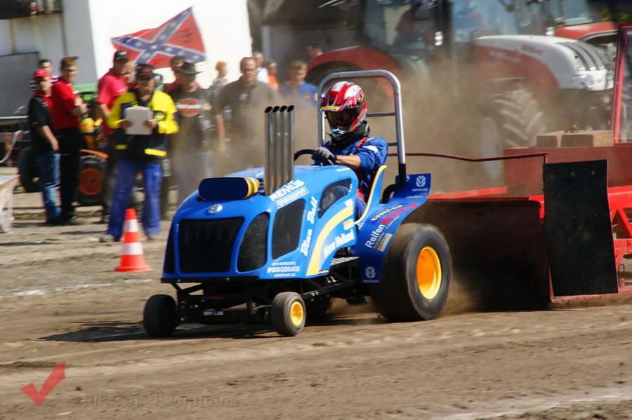 traktorpulling_fuchsenbigl_043