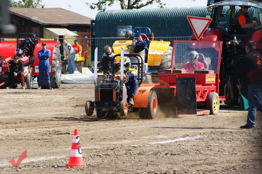 traktorpulling_fuchsenbigl_048