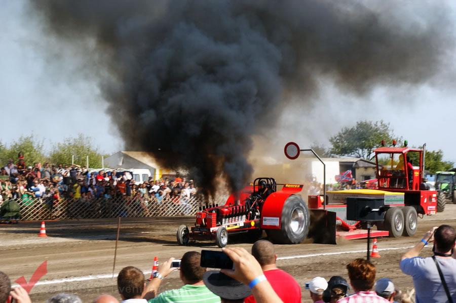 traktorpulling_fuchsenbigl_082