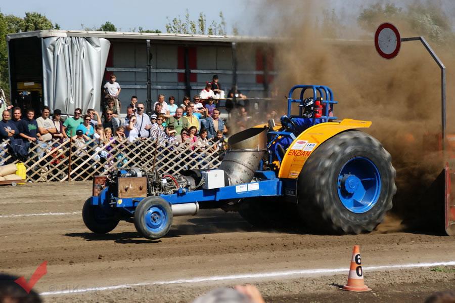 traktorpulling_fuchsenbigl_087
