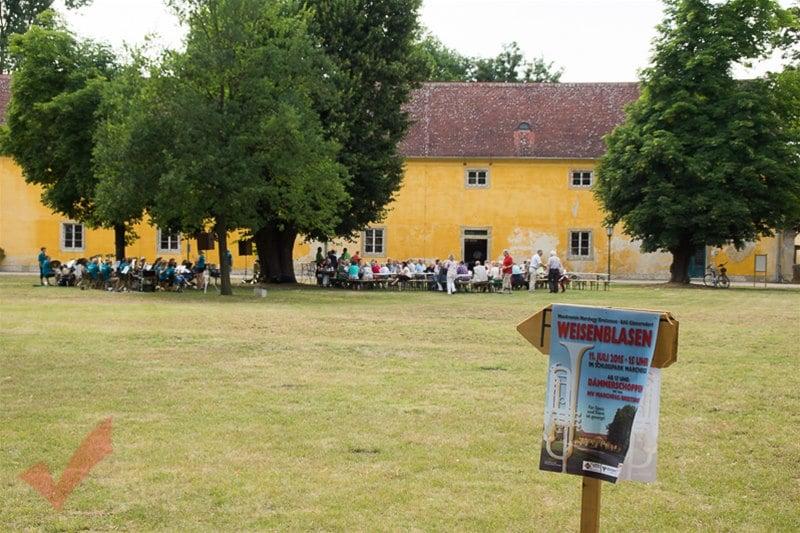 Weisenblasen_Schloss_Marchegg_001
