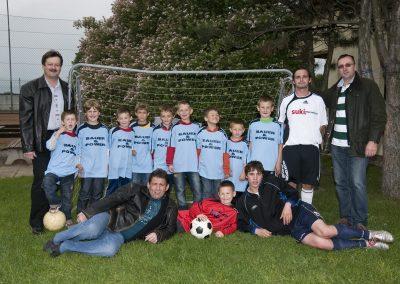 Fußballdressen Knaben 2010