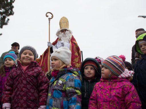 Der heilige Nikolaus kommt nach Breitensee